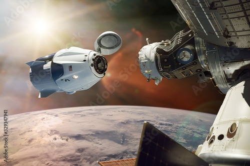 Fotografie, Obraz Cargo spacecraft in low-Earth orbit