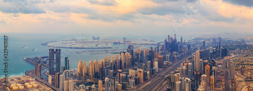 Fotografía Aerial view of Dubai Downtown skyline, highway roads or street in United Arab Emirates or UAE