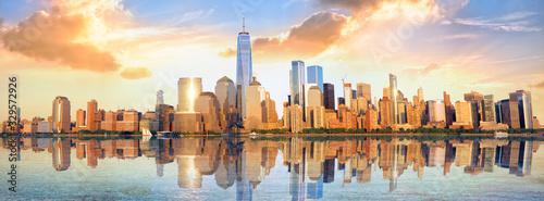 Fototapeta New York City financial district panorama over Hudson River obraz