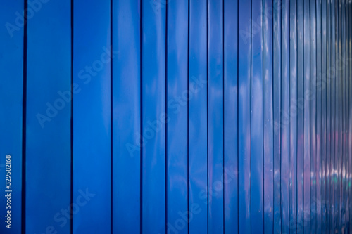 Canvas Print Blue fence storage container slope background