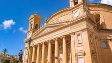 Mosta Rotunda - Famous Cathedr...