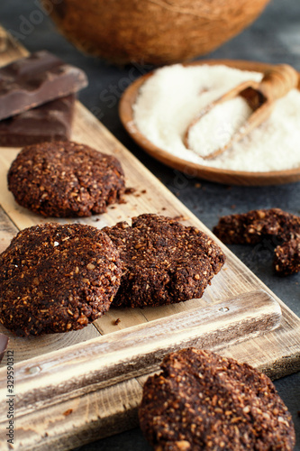Photo Keto Chocolate Cookies with almond and coconut flour