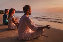 Group Meditation, People Pract...