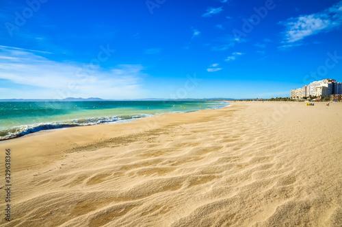 Photographie Summer panorama of Empuriabrava beach in Costa Brava, Catalonia, Spain