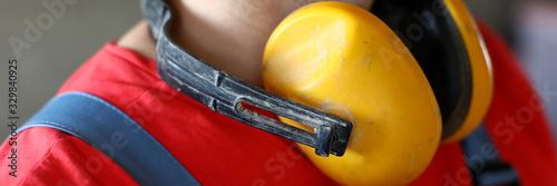 Fényképezés On neck builder hang yellow soundproof headphones