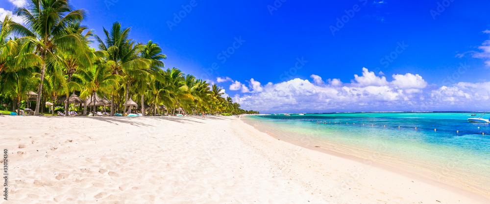 Fototapeta Best tropical beach destination - paradise island Mauritius, Le Morne beach