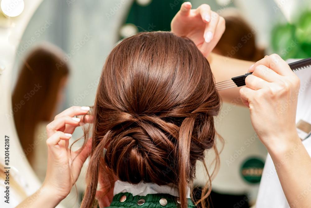 Fototapeta Makeup and hairstyle process.
