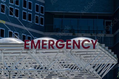 Photo An emergency sign outside a hospital