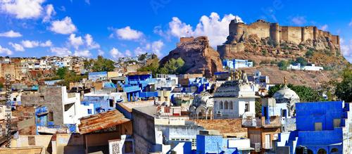 Obraz Travel and landmarks of India. beautiful blue city of Rajastan - Jodhpur. view with Mehrangarh fort - fototapety do salonu