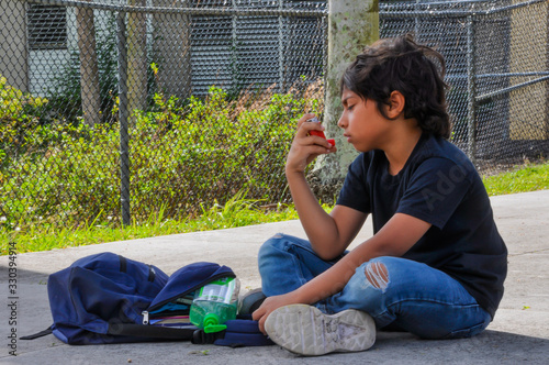 coronavirus school young boy look asma pump attack cough asthma sanitize look do Canvas Print