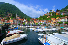 PORT ON LAKE COMO PLACED IN AR...