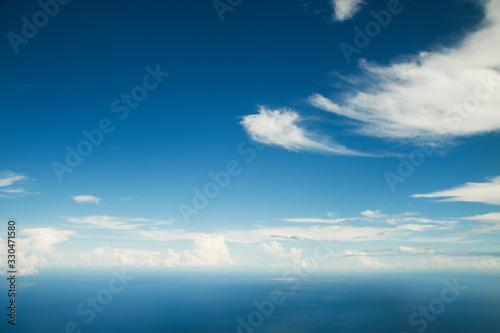 Fotografering 空と海と雲(空撮)