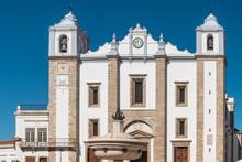 Santo Antao Church And The 15t...