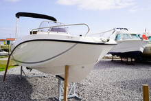 New Small Modern White Boat Fo...
