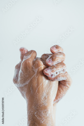 Woman washing her hands. Close up Fototapete