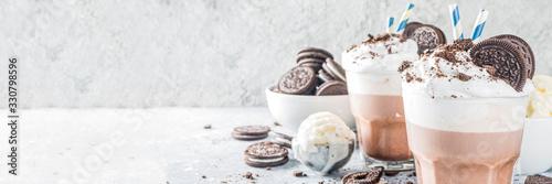 Fototapeta Coffee mocha milkshake with cookies and cream