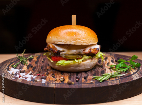 Fototapeta Restaurant dish - beef hamburger obraz