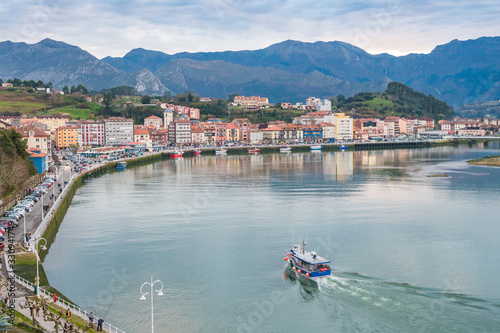 Fototapety, obrazy: fishing town of ribadesella in asturias, Spain