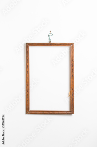 Photo Cadre en bois abimé et simple