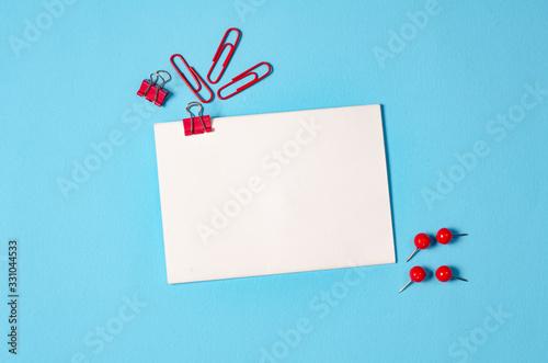 Fényképezés blue stationery table