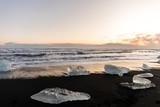 Fototapeta Fototapety z morzem do Twojej sypialni - bryła lodu