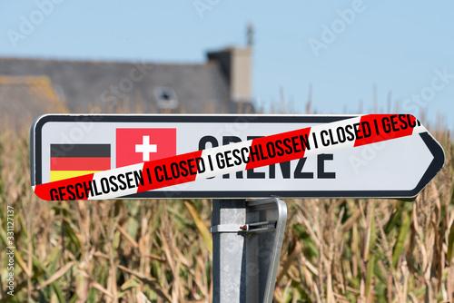 Grenze zwischen Deutschland und Schweiz geschlossen Wallpaper Mural