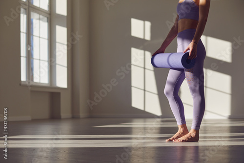 Leinwand Poster Fitness yoga exercise workout woman
