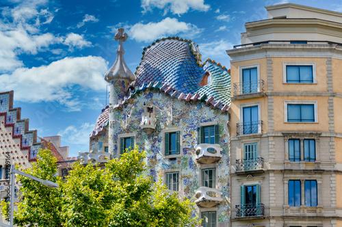Canvastavla Famous Gaudi statues in Barcelona