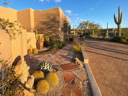 Photo adobe landscaping sunset