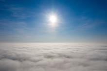 霧の日の空撮