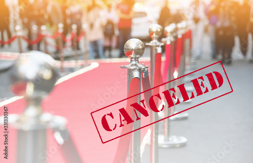 Photo canceled event. red carpet and barrier on entrance