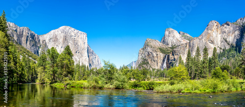 valley view yosemite national park in summer, panorama, panoramic Canvas Print