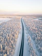 Verschneite Straße Aus Der L
