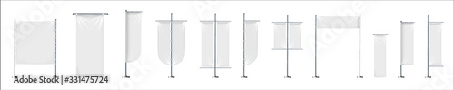 Blank flag. Outdoor empty stands for advertizing promotion messages textile flags vector realistic pictures - fototapety na wymiar