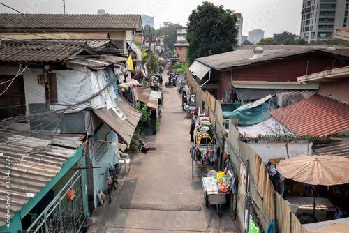 Road in a slum in Bangkok, Thailand Canvas-taulu