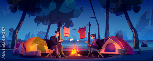 Foto Summer camp with couple, tent and campfire at night