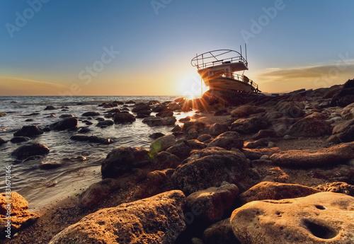 Barca Spiaggiata Canvas Print