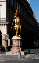 Paris, Francia, Western Europe: April 15, 2010: Statue Of Joan Of Arc