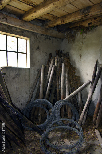 Photo Ruine, lost place, Gemäuer, Stall, alt