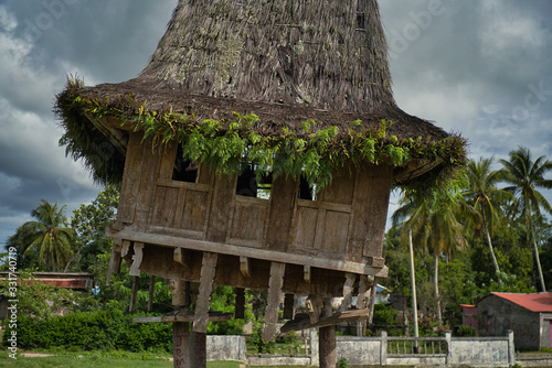 Traditional wooden construction of Fataluku people in Lospalos, Lauten Canvas Print