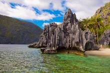 Island Hopping Philippines Roc...