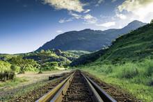 Ferrovia Diante Serra