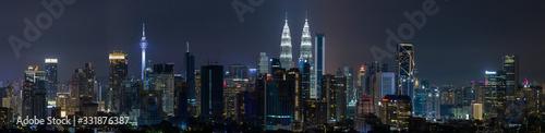 Fotografia Kuala Lumpur skyline panoramic aerial view of buildings and landmarks centre Kuala Lumpur city