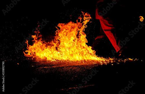 Photo fuego en la noche