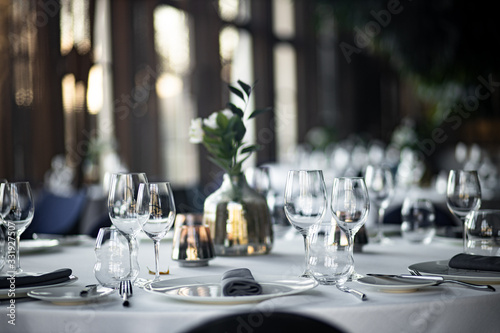 Cuadros en Lienzo Beautiful table set for an event party or wedding reception