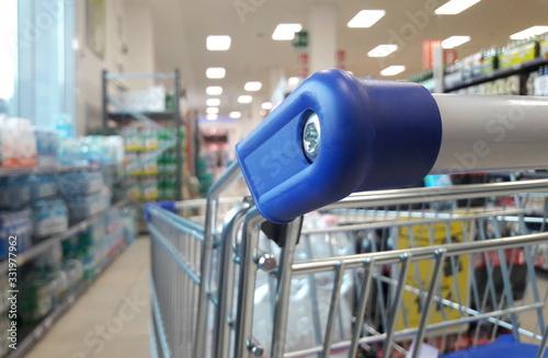 Fotografia, Obraz Fare la spesa al supermercato - epidemia