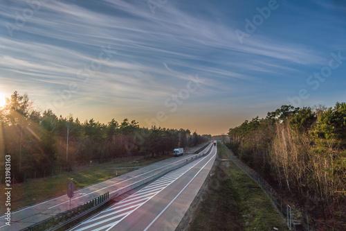 Autostrada przebiegająca przez las. Canvas Print