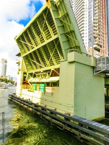 Canvas Print Opened draw bridge at harbor in Fort Lauderdale, Florida