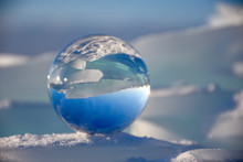 Crystal Ball Photography In Wi...
