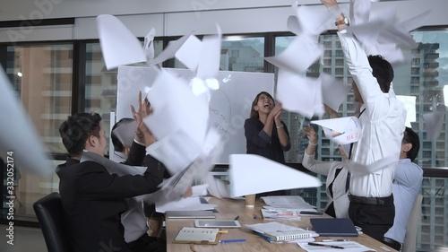 Fototapety, obrazy: Successful Asian Business People Celebrate Success